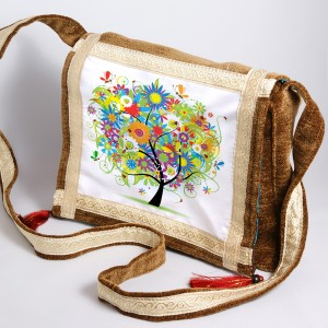 Mistik Ağaç Desenli Çanta