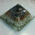 Siyah Turmalin Taşlı Piramit Orgonit